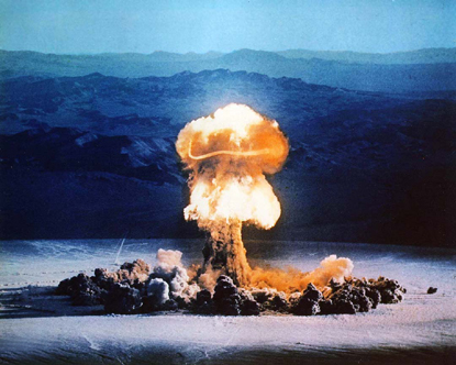 Love bombing, attacks and cognitive dissonance Paula Carrasquillo