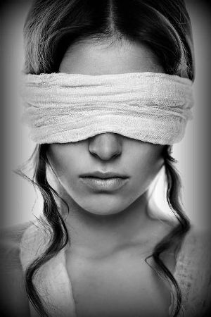 blindfold, Paula Carrasquillo, Paula Renee Carrasquillo, Paula Reeves-Carrasquillo, psychopath, sociopath, awareness, dating a sociopath, divorcing a narcissist